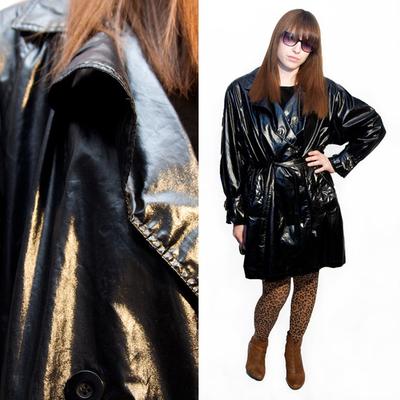 Erin modeling vintage for Lara's MarketPublique shoppe!