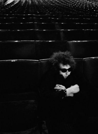 Bob Dylan can't sleep either.