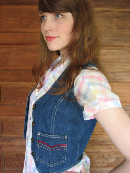 tiny vintage denim vest with brass buttons XS/S/M (click image to visit)