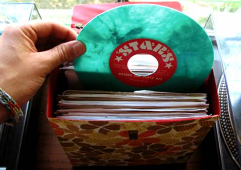 Colourful vintage vinyl! Like treasure. Click on the photo for source.
